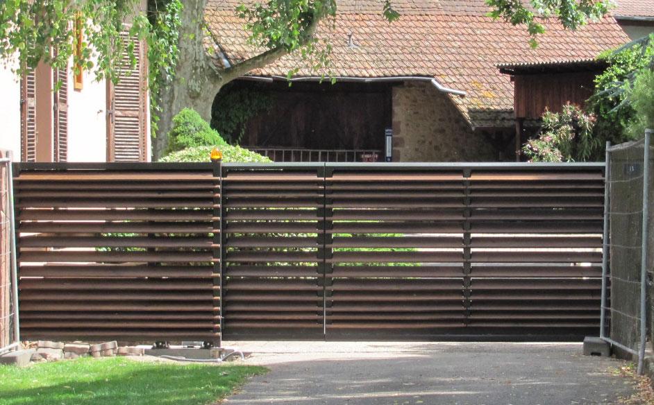 Un portail sur les remparts